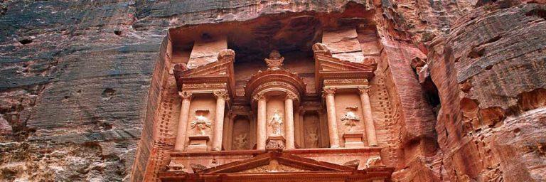 Petra Treasury © Jordan Tourism Board